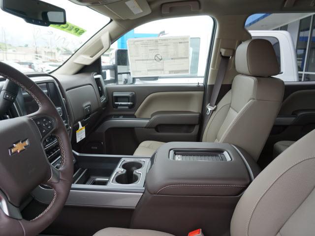 2017 Chevrolet Silverado 2500HD LTZ Harrison, Arkansas 6