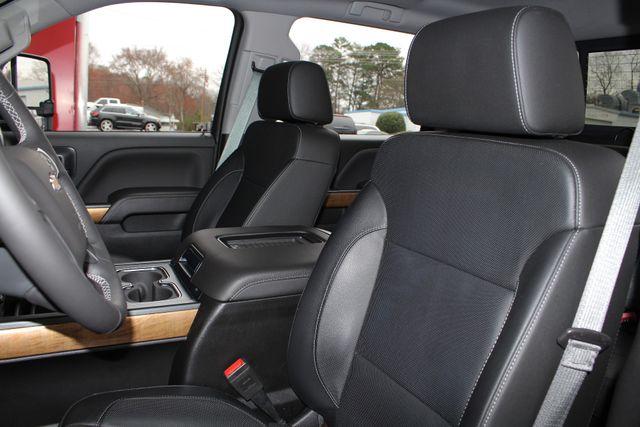 2017 Chevrolet Silverado 3500HD LTZ PLUS Crew Cab Long Bed DRW 4x4 - DURAMAX PLUS! Mooresville , NC 31