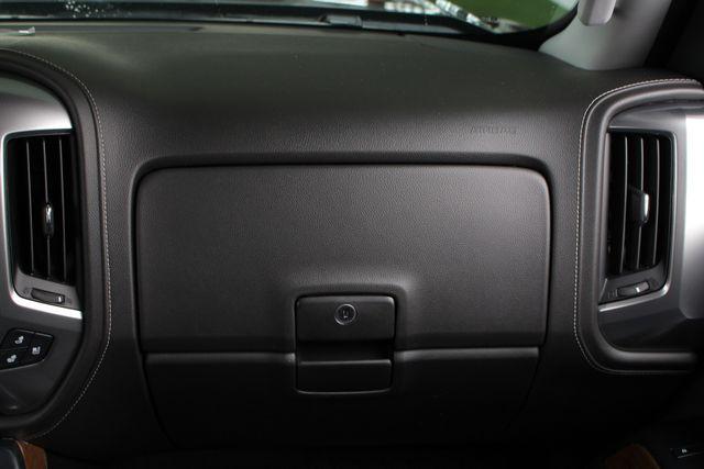 2017 Chevrolet Silverado 3500HD LTZ PLUS Crew Cab Long Bed DRW 4x4 - DURAMAX PLUS! Mooresville , NC 6
