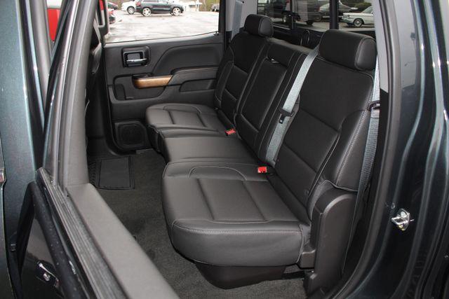 2017 Chevrolet Silverado 3500HD LTZ PLUS Crew Cab Long Bed DRW 4x4 - DURAMAX PLUS! Mooresville , NC 10