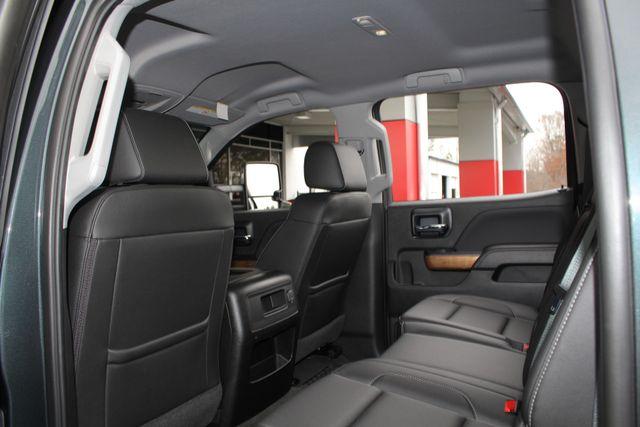 2017 Chevrolet Silverado 3500HD LTZ PLUS Crew Cab Long Bed DRW 4x4 - DURAMAX PLUS! Mooresville , NC 42