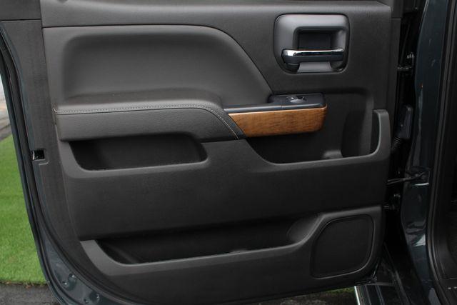 2017 Chevrolet Silverado 3500HD LTZ PLUS Crew Cab Long Bed DRW 4x4 - DURAMAX PLUS! Mooresville , NC 46