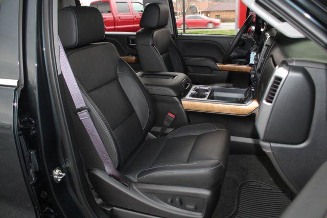 2017 Chevrolet Silverado 3500HD LTZ PLUS Crew Cab Long Bed DRW 4x4 - DURAMAX PLUS! Mooresville , NC 12