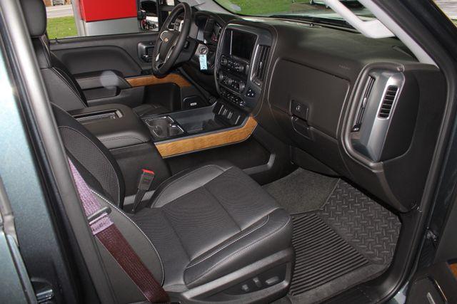 2017 Chevrolet Silverado 3500HD LTZ PLUS Crew Cab Long Bed DRW 4x4 - DURAMAX PLUS! Mooresville , NC 34