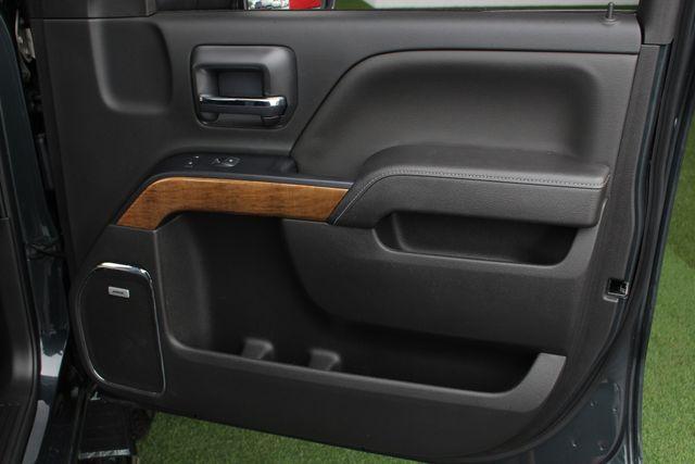 2017 Chevrolet Silverado 3500HD LTZ PLUS Crew Cab Long Bed DRW 4x4 - DURAMAX PLUS! Mooresville , NC 45