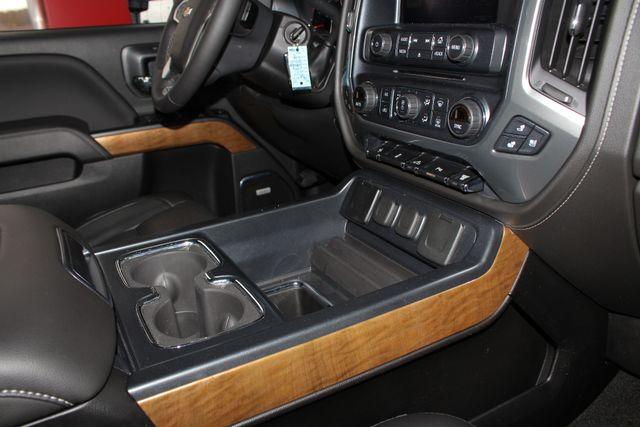 2017 Chevrolet Silverado 3500HD LTZ PLUS Crew Cab Long Bed DRW 4x4 - DURAMAX PLUS! Mooresville , NC 40