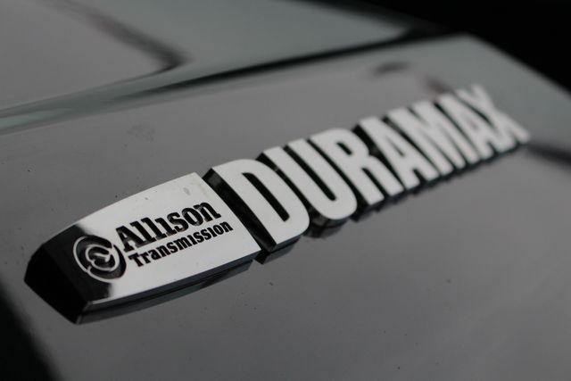 2017 Chevrolet Silverado 3500HD LTZ PLUS Crew Cab Long Bed DRW 4x4 - DURAMAX PLUS! Mooresville , NC 48