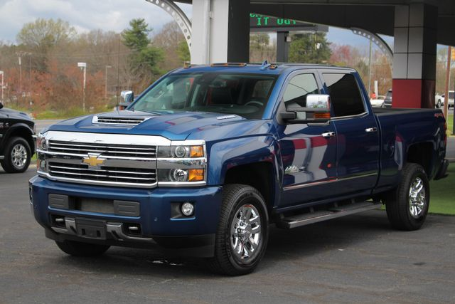 2017 Chevrolet Silverado 3500HD High Country Crew Cab 4x4 - NAV - SUNROOF! Mooresville , NC 24