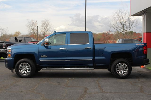 2017 Chevrolet Silverado 3500HD High Country Crew Cab 4x4 - NAV - SUNROOF! Mooresville , NC 15