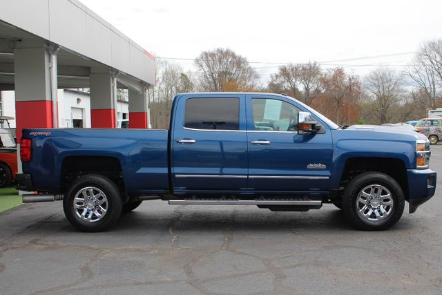 2017 Chevrolet Silverado 3500HD High Country Crew Cab 4x4 - NAV - SUNROOF! Mooresville , NC 14