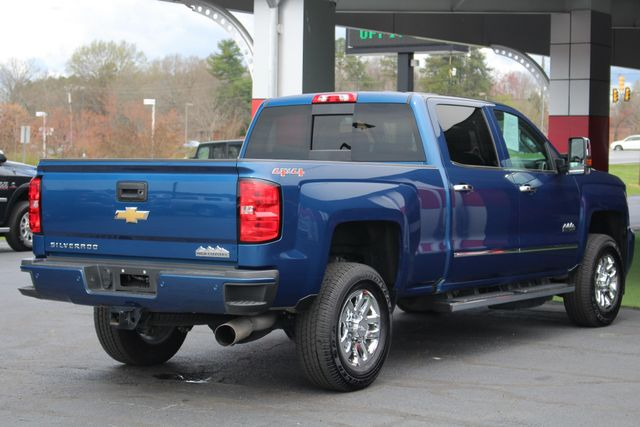 2017 Chevrolet Silverado 3500HD High Country Crew Cab 4x4 - NAV - SUNROOF! Mooresville , NC 27