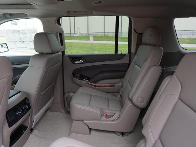 2017 Chevrolet Suburban Premier Harrison, Arkansas 5