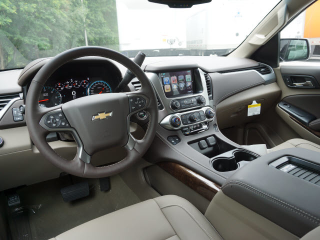 2017 Chevrolet Suburban LT Harrison, Arkansas 4