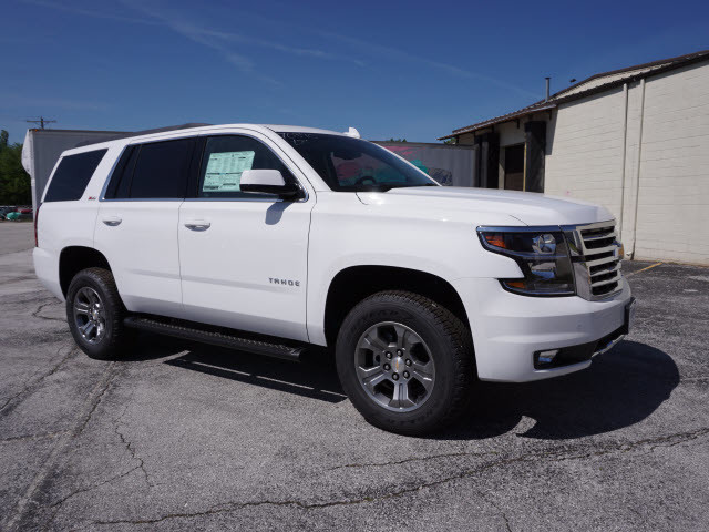 2017 Chevrolet Tahoe LT Harrison, Arkansas 3