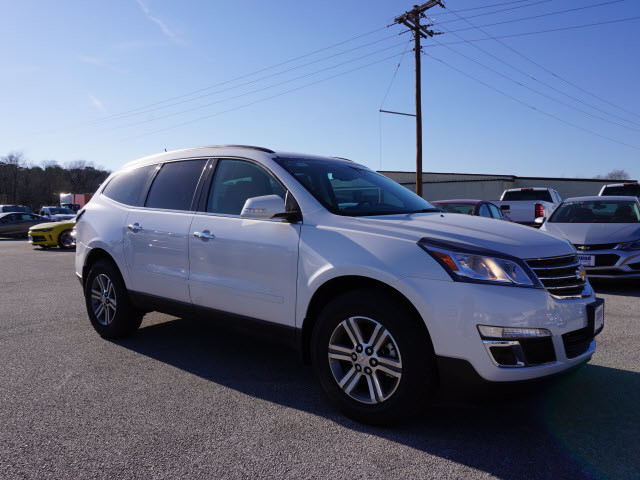 2017 Chevrolet Traverse LT Harrison, Arkansas 3