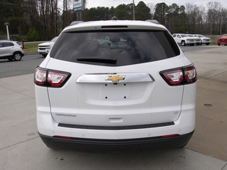 2017 Chevrolet Traverse LT Sheridan, Arkansas 4