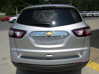 2017 Chevrolet Traverse LT Sheridan, Arkansas 4