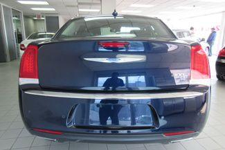 2017 Chrysler 300 300C W/ NAVIGATION SYSTEM/ BACK UP CAM Chicago, Illinois 10