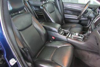 2017 Chrysler 300 300C W/ NAVIGATION SYSTEM/ BACK UP CAM Chicago, Illinois 14