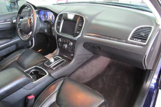 2017 Chrysler 300 300C W/ NAVIGATION SYSTEM/ BACK UP CAM Chicago, Illinois 16