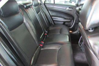 2017 Chrysler 300 300C W/ NAVIGATION SYSTEM/ BACK UP CAM Chicago, Illinois 18