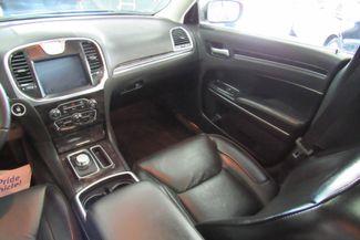 2017 Chrysler 300 300C W/ NAVIGATION SYSTEM/ BACK UP CAM Chicago, Illinois 24