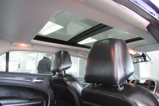 2017 Chrysler 300 300C W/ NAVIGATION SYSTEM/ BACK UP CAM Chicago, Illinois 25