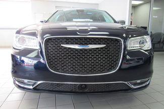 2017 Chrysler 300 300C W/ NAVIGATION SYSTEM/ BACK UP CAM Chicago, Illinois 3