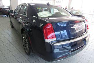 2017 Chrysler 300 300C W/ NAVIGATION SYSTEM/ BACK UP CAM Chicago, Illinois 8