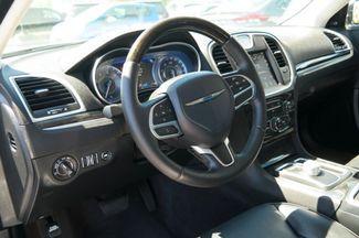2017 Chrysler 300 300C Hialeah, Florida 10