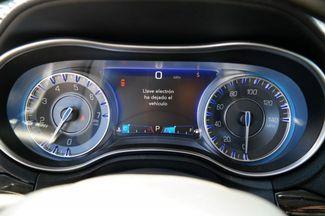 2017 Chrysler 300 300C Hialeah, Florida 17