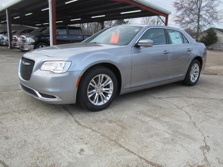 2017 Chrysler 300 Limited Houston, Mississippi