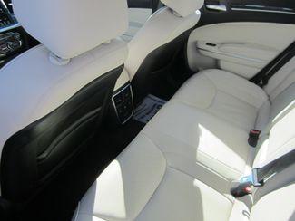 2017 Chrysler 300 300C Houston, Mississippi 7