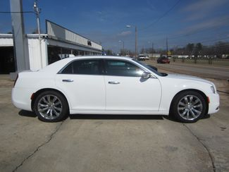 2017 Chrysler 300 300C Houston, Mississippi 3