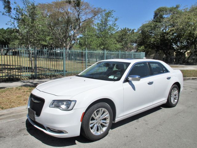 2017 Chrysler 300 Limited Come and visit us at oceanautosalescom for our expanded inventoryThis