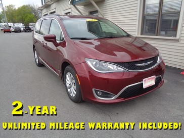2017 Chrysler Pacifica Touring-L in Brockport