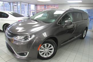 2017 Chrysler Pacifica Touring-L W/ NAVIGATION SYSTEM/ BACK UP CAM Chicago, Illinois 5