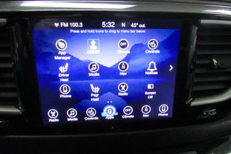 2017 Chrysler Pacifica Touring-L W/ NAVIGATION SYSTEM/ BACK UP CAM Chicago, Illinois 33