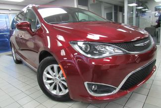 2017 Chrysler Pacifica Touring-L W/ NAVIGATION SYSTEM/BACK UP CAM Chicago, Illinois