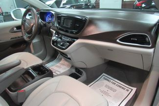 2017 Chrysler Pacifica Touring-L W/ BACK UP CAM Chicago, Illinois 11