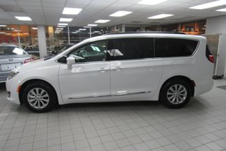 2017 Chrysler Pacifica Touring-L W/ BACK UP CAM Chicago, Illinois 4