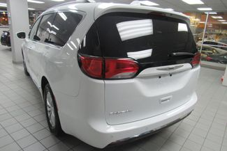 2017 Chrysler Pacifica Touring-L W/ BACK UP CAM Chicago, Illinois 6