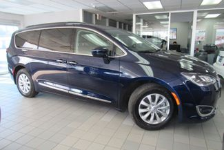 2017 Chrysler Pacifica Touring-L W/ BACK UP CAM Chicago, Illinois