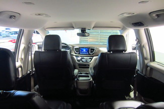 2017 Chrysler Pacifica Touring-L Doral (Miami Area), Florida 46