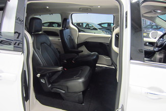 2017 Chrysler Pacifica Touring-L Doral (Miami Area), Florida 52