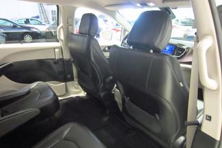 2017 Chrysler Pacifica Touring-L Doral (Miami Area), Florida 53