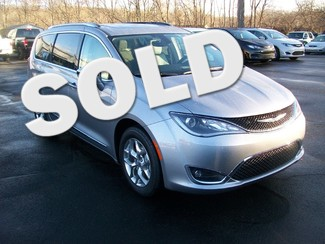 2017 Chrysler Pacifica Limited in  .