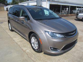 2017 Chrysler Pacifica Touring-L Houston, Mississippi 1