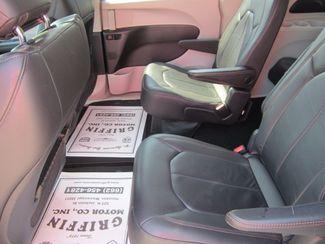 2017 Chrysler Pacifica Touring-L Houston, Mississippi 7