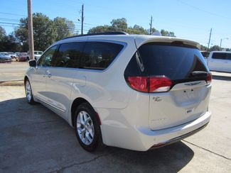 2017 Chrysler Pacifica Touring-L Houston, Mississippi 4